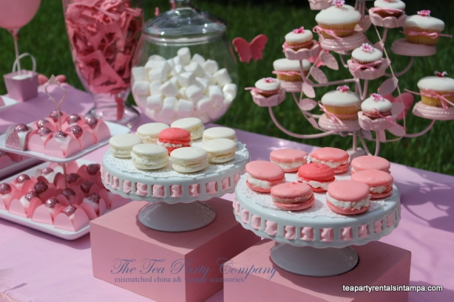 white cake stand ceramic,macaroons, cupcake stand, apothecary jars candy buffette