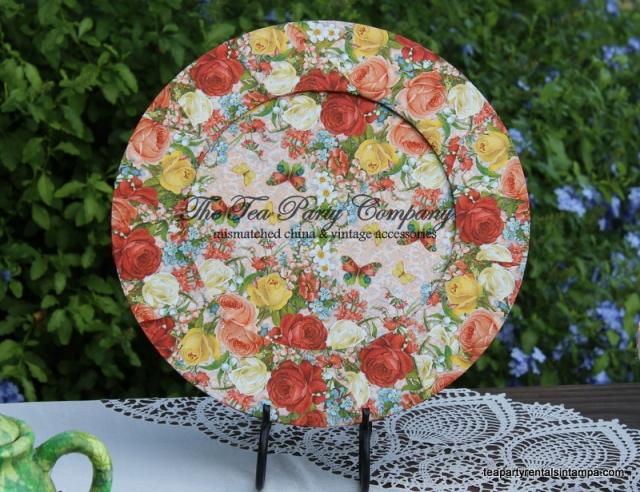 charger decoupaged rosesand butterflies motif