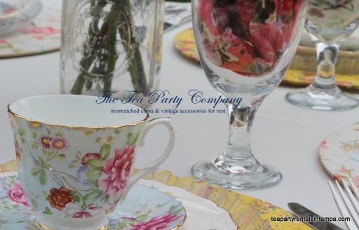 mismatched china, vintage teacup and saucer, floral chargers